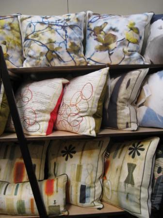 D_Saunders_Pillows